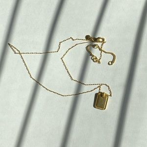 paperclip chain necklace with rectangle pendant